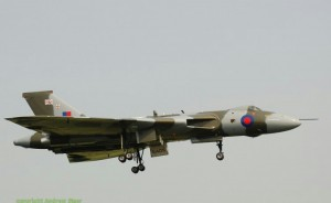 XH558 ON FINALS
